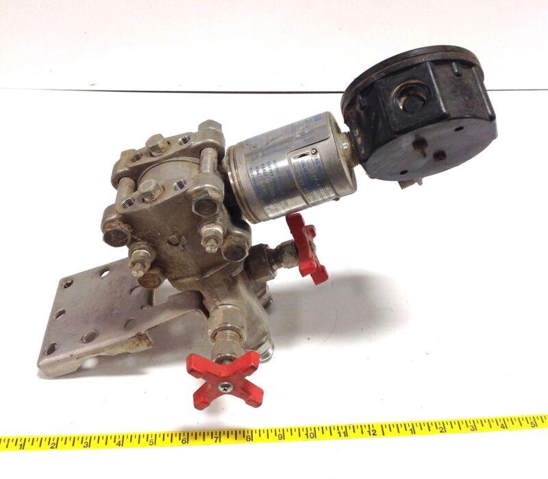 GOULD PRESSURE FLOW TRANSMITTER PD3000-200-32-21-XX-XX 104934