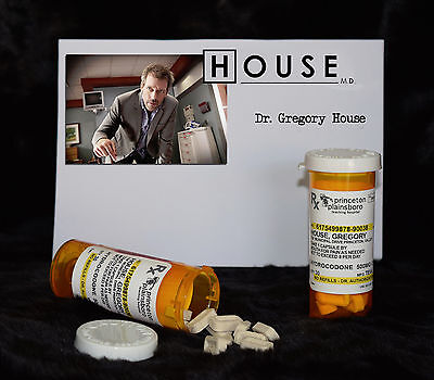 "TV SERIES HOUSE MD EXACT REPLICA COLLECTOR PROP ""GREGORY HOUSE"" VICODIN  BOTTLE"