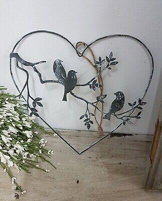 3 Vögel auf Zweig im Metallherz grau Fensterdeko Hänger Herz Metall Shabby Chic