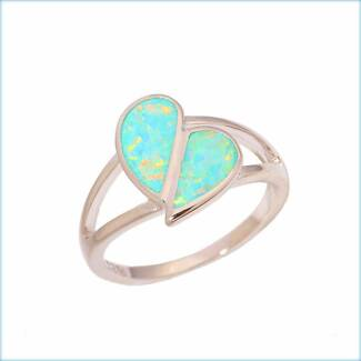 GREEN FIRE CREATED OPAL HEART SHAPED STERLING SILVER 925 RING.