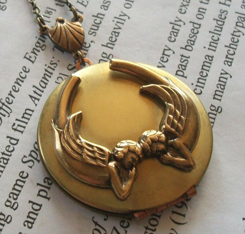 Guardian Angel Art Nouveau PRAYING ANGEL Vtg Photo LOCKET Necklace - Religious