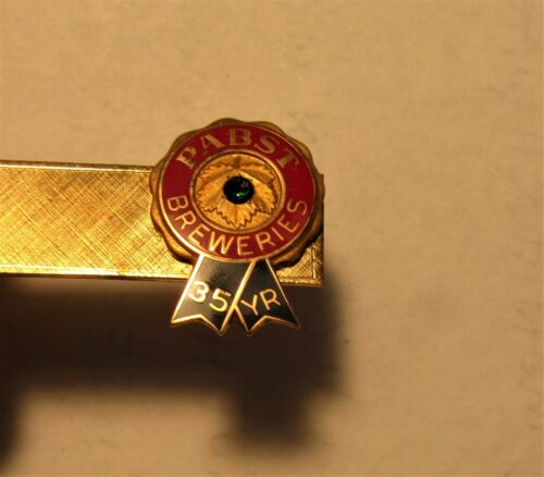 PABST BREWERY  employee 35 YEAR tie tac in original box w/stone
