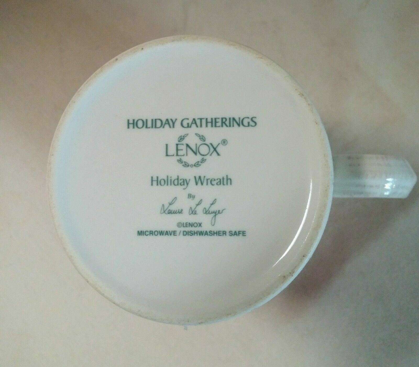 LENOX HOLIDAY GATHERINGS WREATH Mug - $29.95