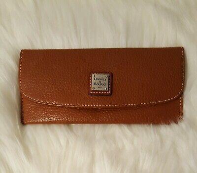 Nice Dooney & Bourke Carmel Brown Pebble Leather Slim Flat Card Cash -