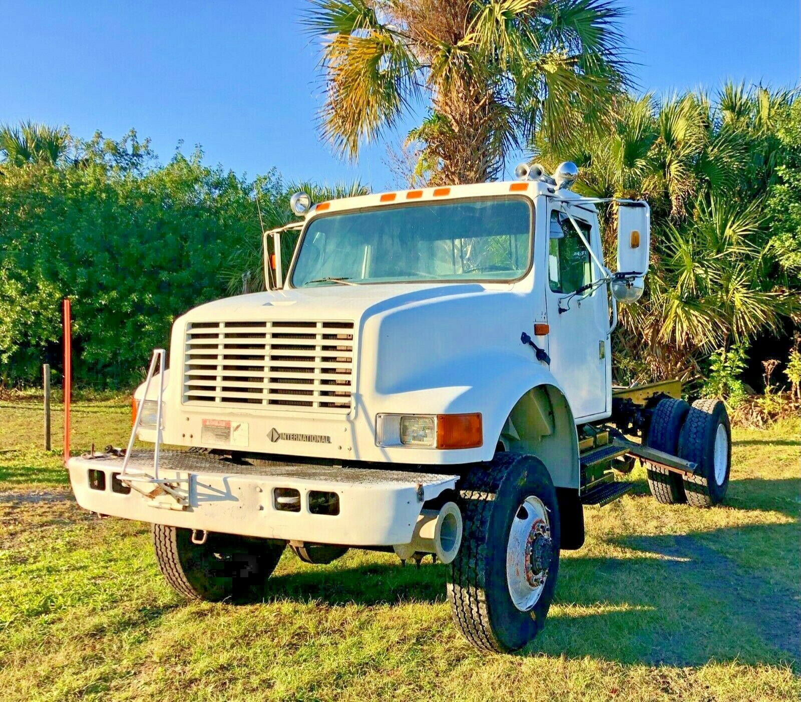 1992 International 4800 4x4 Single Axle 33K GVW Diesel Automatic