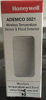 Brand New Honeywell 5821 Wireless Temperature Sensor & Flood Detector w/ Battery