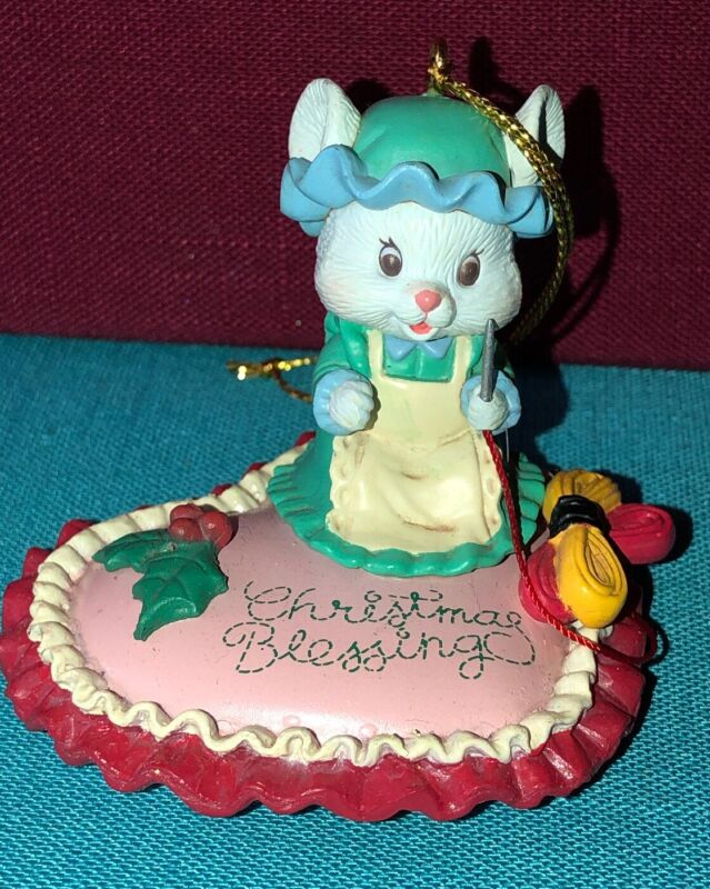 1993 Lustre Fame Mouse Christmas Blessing Ornament Mouse Sewing Seamstress