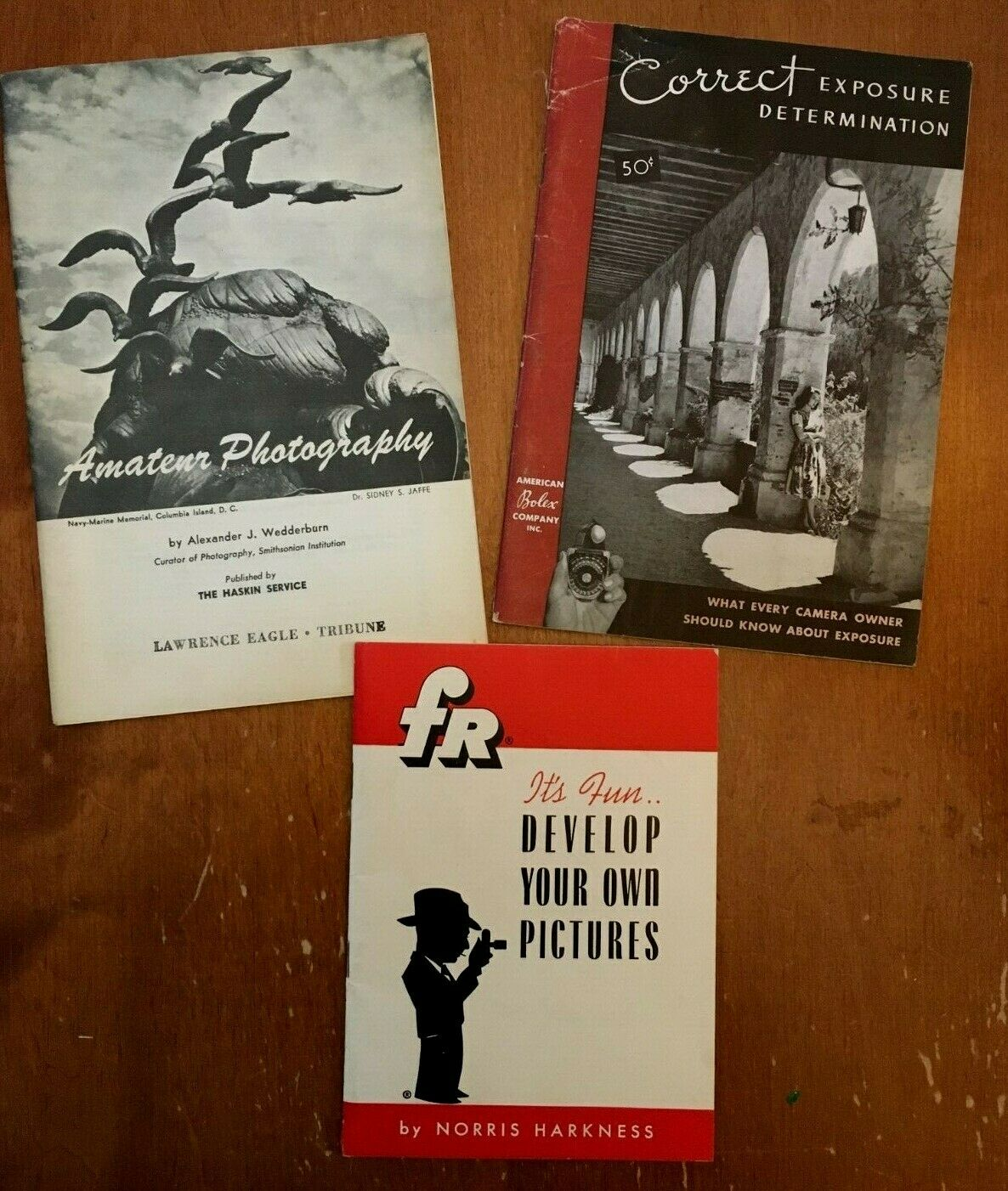 Vintage amateur photography developing exposure booklets Fr Bolex 1940's
