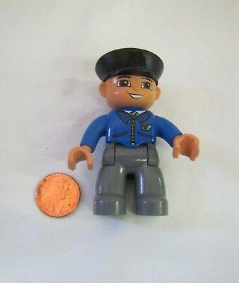 LEGO DUPLO TRAIN CONDUCTOR Black Hat 2.5