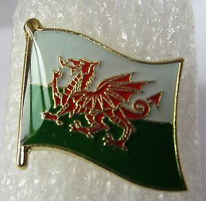 CYMRU / WALES - Welsh Flag Pin Badge High Quality Gloss Enamel