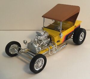"Diecast Ford ""T"" Bucket"