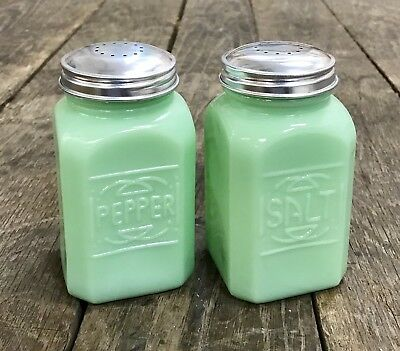 Set of Large Art Deco Vintage Jadeite Green Milk Glass Salt & Pepper Shakers