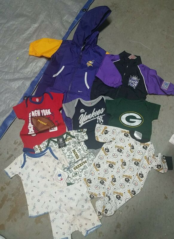 Lot Of 9 Pieces Of Baby Boys Clothes   Sizes  0/3 M, 3/6 M, Mostly Used