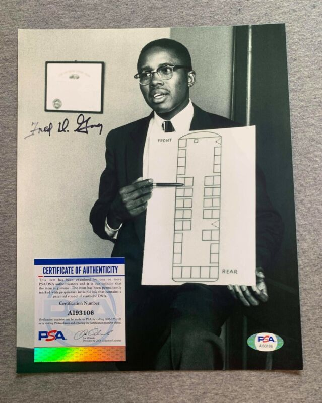 CIVIL RIGHTS ATTORNEY FRED D. GRAY AUTOGRAPH 8x10 PHOTO PSA/DNA ROSA PARKS #1