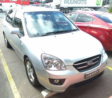 Kia Rondo 7 seats, Leather, Sunroof, low km, long Rego & serviced Baulkham Hills The Hills District Preview