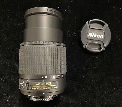 Nikon DX AF-S Nikkor 55-200mm 1:4-5.6G ED DX SWM ED 0.95m/3.12 ft ø52