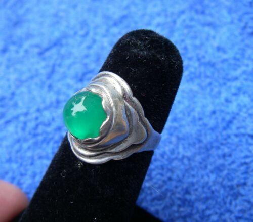 Vintage Southwestern CHRYSOPRASE & Silver Ring-Size 5.75-Unmarked-NR