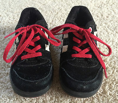 1 pair of gently used LEGO boys size 7 toddler shoes (Lego Boys Shoes)