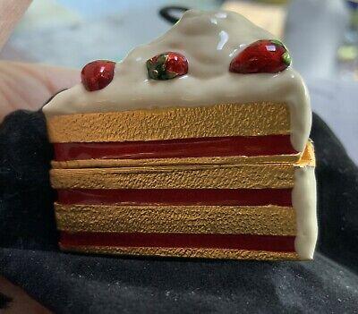 Estee Lauder Solid Perfume Dreamy Dessert Cake Slice 2000