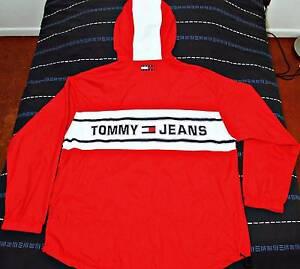 Very rare vintage Tommy Hilfiger hooded windbreaker jacket XL South Brisbane Brisbane South West Preview