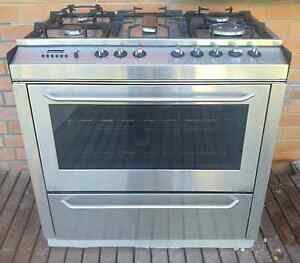 St George 90cm free standing oven and gas cooktop stgeorge Ringwood East Maroondah Area Preview
