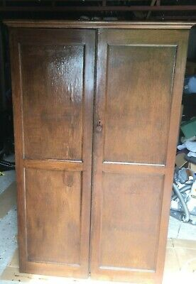 Vintage Oak Veneer Wardrobe 1940s/1950s with shelves and pull out rail