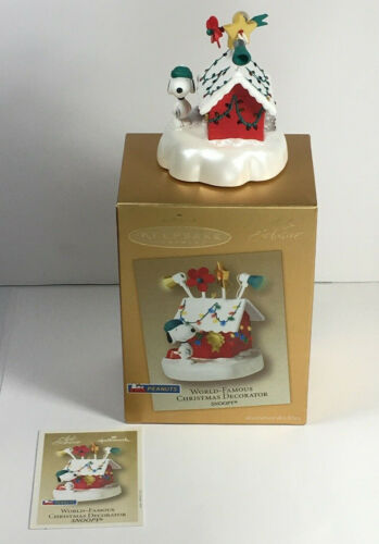 Hallmark World-Famous Christmas Decorator Snoopy Peanuts Keepsake Ornament 2003