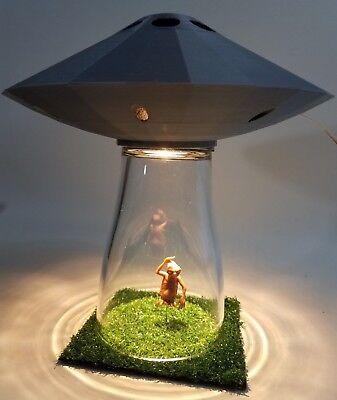 Silver UFO LAMP Extraterrestrial Alien Abduction Outer Space Saucer Table Light  tweedehands  verschepen naar Netherlands
