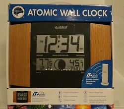 La Crosse Technology Atomic Wall Clock Model WS-8117U-IT-Oak BRAND NEW!!!
