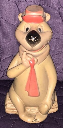 DELL YOGI BEAR  SQUEAK TOY  C. 1960  HANNA BARBERA  RUBBER FIGURE