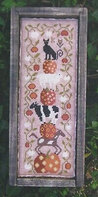 HALLOWEEN ON THE FARM--Pumpkins & Animals--Barrick--Counted Cross Stitch Pattern](Animals On Halloween)