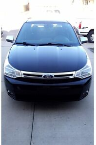 ***NEED SOLD*** 2010 Ford Focus SE. Cheap on gas/reliable.