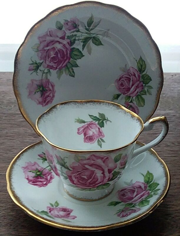 Royal Standard Orleans Rose Tea Trio