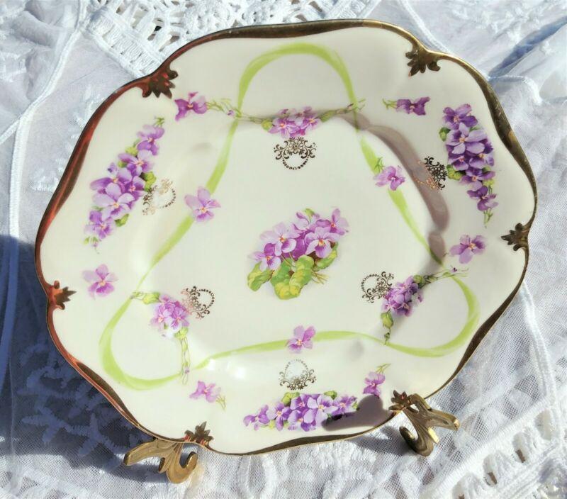 """Vintage Erdmann Schlegelmilch ES PRUSSIA 1811 PLATE 10"""" Violets Gold Trim"""