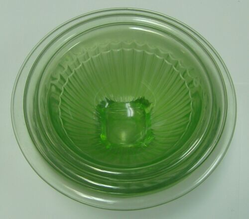 3 Green Depression Glass Mixing Bowls Rolled Edge, Square Foot Federal ?