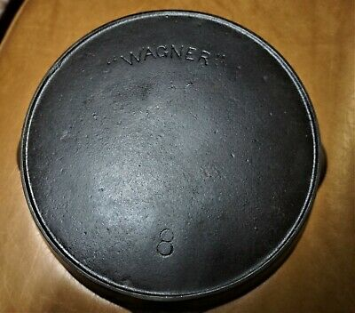Nice #8 Wagner cast iron skillet with arched logo and heat
