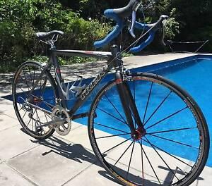 Trek Madone 5.2 OCLV Carbon Custom Road Bike / PRISTINE CONDITION Melbourne CBD Melbourne City Preview