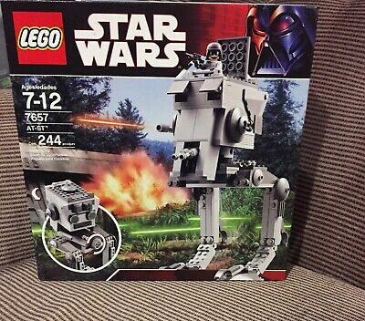 Star Wars Lego 7657 AT-ST - Factory Sealed - 2007 BRAND NEW UN-opened