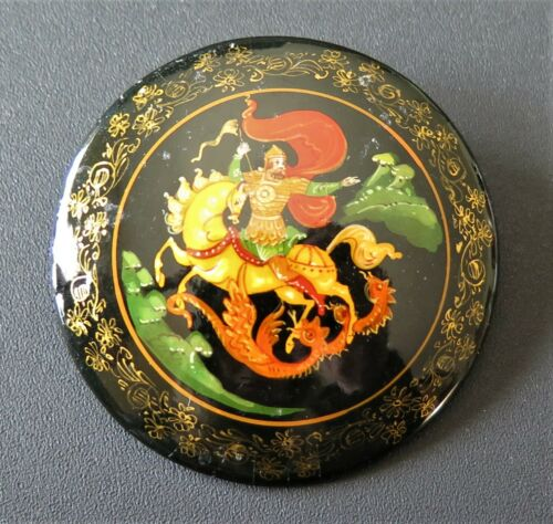 VINTAGE HAND PAINTED RUSSIAN LACQUER BROOCH PIN ST GEORGE DRAGON SLAYER MSTERA
