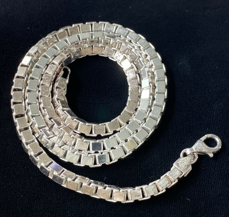 """VINTAGE HEAVY 63 GRAM ITALY DESIGNER STERLING SILVER BOX CHAIN NECKLACE 22"""""""