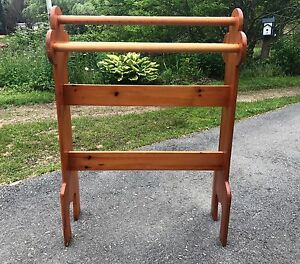 Vintage Pine Tall Quilt Rack for 5 quilts,blankets.Towel Rack.