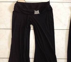 Black pants East Cannington Canning Area Preview