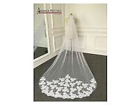 White Ivory Elegent Cathedral Length Wedding Bridal Veil