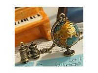 Vintage Fashion Retro Miniature Globe Necklace Long Chain.