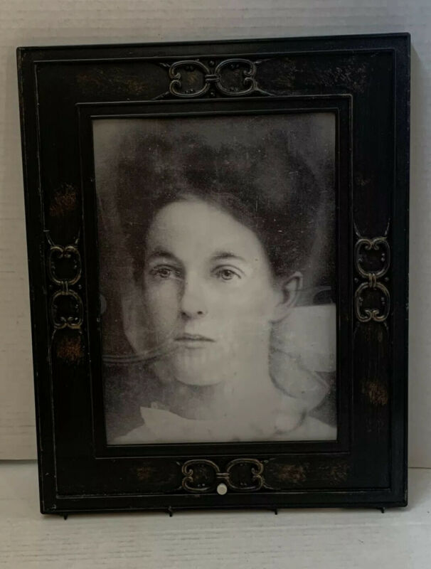 "Halloween Gemmy Picture Frame Portrait Talking Changing Face Woman ""AS IS"""