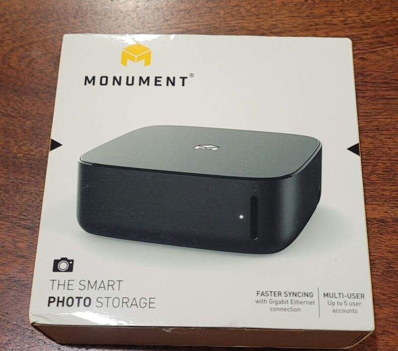 Monument - The Smart Photo Storage - Model 217A12