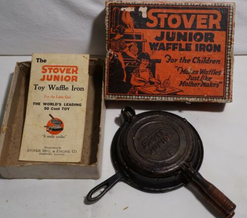 ANTIQUE STOVER JUNIOR WAFFLE IRON FOR THE CHILDREN WAFFLES LIKE MOM MAKES