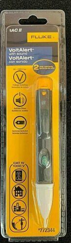 Fluke 1AC II Digital 1000-Volt Voltage Detector with Sound (772344)
