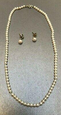 Collier et boucles d'oreilles en or blanc et perles véritables (CA)