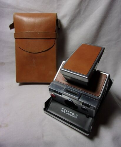 Polaroid SX-70 Land Camera w/ Leather Case 1970